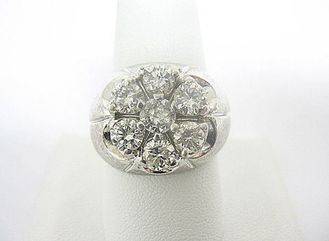 14K WHITE GOLD DIAMOND RING 3 C.T.W.