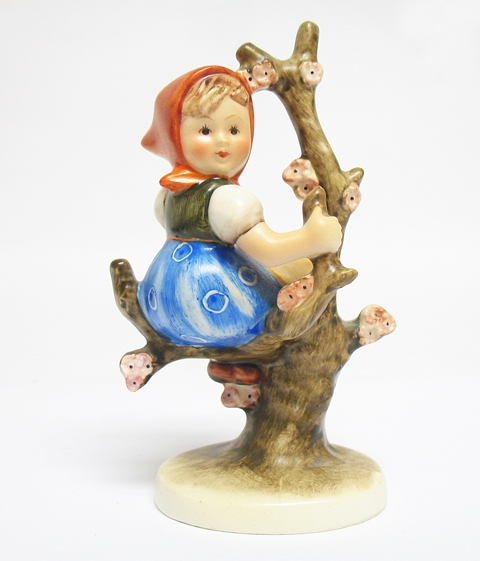 "HUMMEL FIGURINE ""APPLE TREE GIRL"""