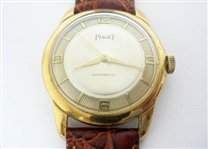 CONTENT OF SAFE DEPOSIT BOX: PIAGET MENS WATCH
