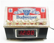 VINTAGE BUDWEISER CLYDESDALE CLOCK WITH LIGHT