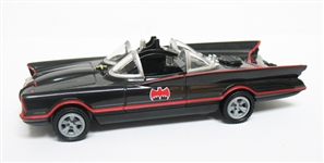 DC LEGACY SERIES BATMAN BAT MOBILE WITH LIGHTS AND SOUNDS