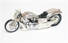 LIMITED EDITION SCREAMIN EAGLE VANCE AND HINES 1:9 SCALE DRAG BIKE