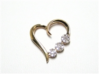 .20 CT DIAMOND CLUSTER GOLD HEART PENDANT