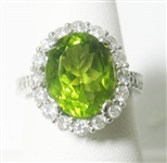 14K WHITE GOLD PERIDOT AND DIAMOND RING 4 C.T.W.