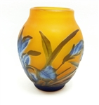 CAMEO GLASS VASE SMALL 4 INCH
