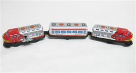 COLLECTIBLE WIND UP TRAIN TIN TOY