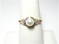 PEARL & DIAMOND GOLD RING