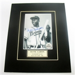 HAND SIGNED HANK AARON 4X5 IN A 8X10 MATTED DISPLAY