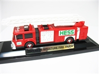 1999 HESS MINIATURE FIRE TRUCK IN BOX