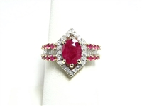 2 CT DIAMOND & RUBY GOLD COCKTAIL RING